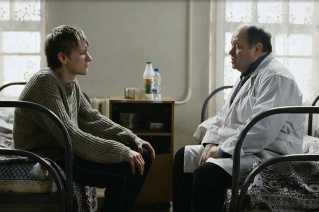 В «Палате № 6» главный герой умирает, не выдержав произвола врачей.