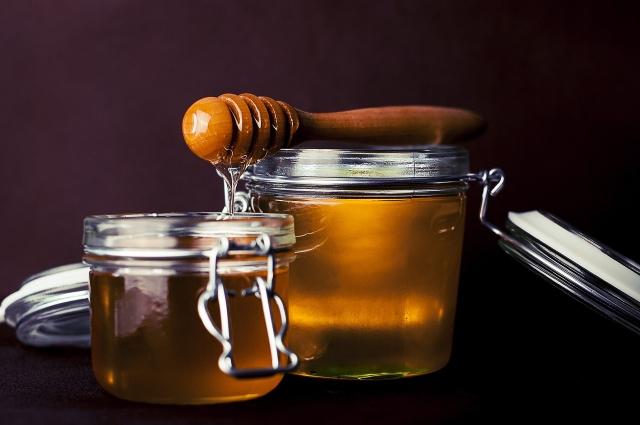 Нужно правильно хранить мед.