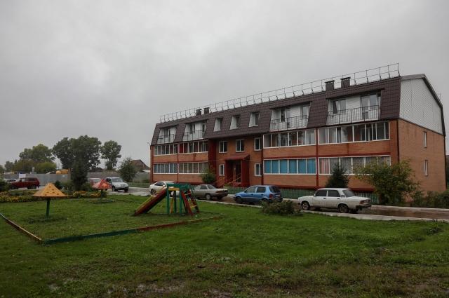 Новое жильё для работников сельхозпредприятия.