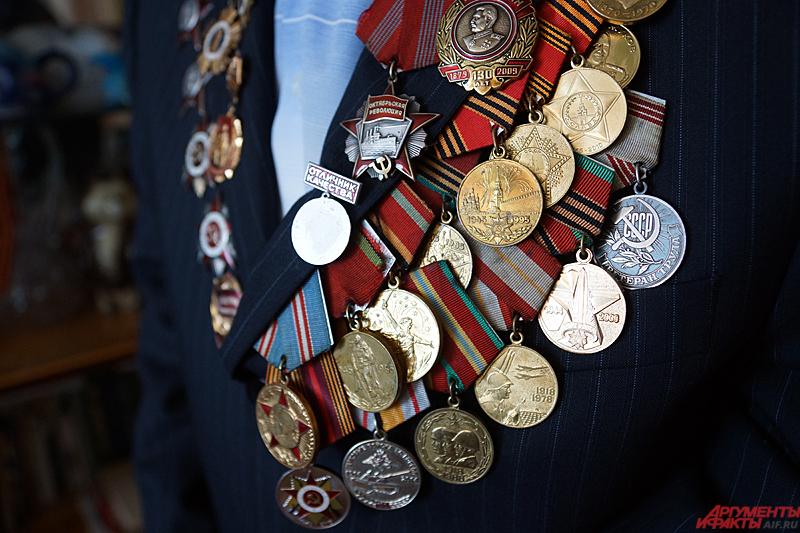 На днях Краевой совет ветеранов войны выбрал Евгения Михайловича для участия в Параде Победы в Москве