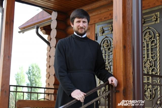 Ростовский Новиков уже год доказывает, что его перепутали с «двойником» из Пензенской области.