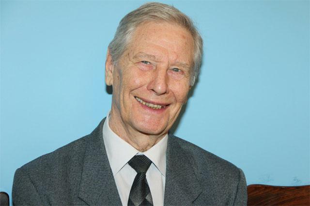 Геннадий Юхтин.