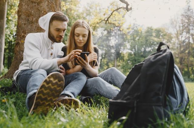 Установите себе и близким приложение «МТС Поиск», чтобы всегда знать, кто ушёл в лес, кто остался на даче, а кто в городе.
