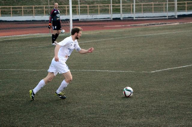 Олег Елисеев безошибочно отыграл весь матч.