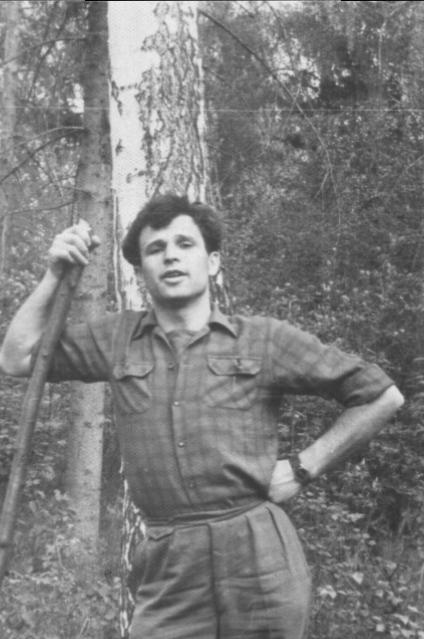 О былых временах Евгений Зиновьевич вспоминает с ностальгией