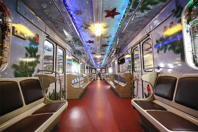 Новогодний поезд.