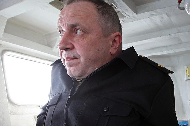 Контр-адмирал Сергей Попов.