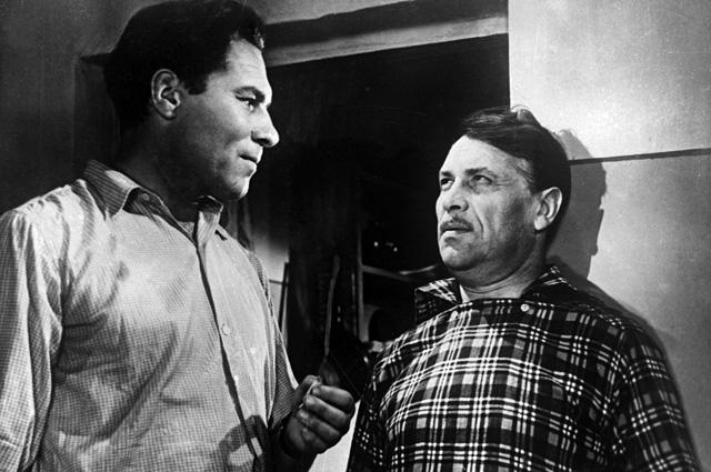 Кадр из кинофильма «Ночной патруль», 1957 год