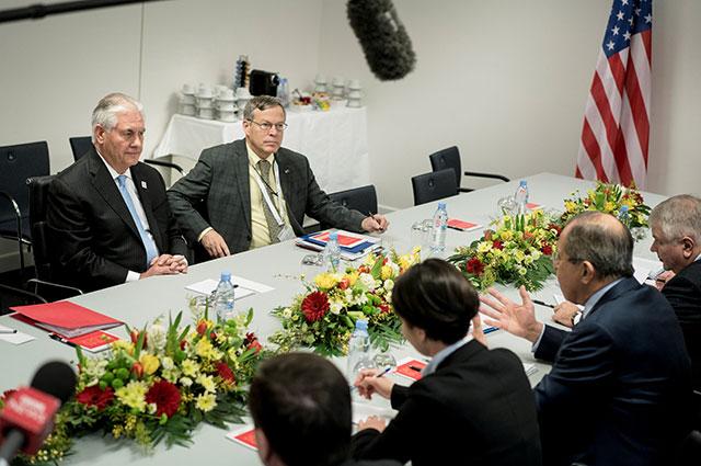 Переговоры Лаврова и Тиллерсона в Бонне.