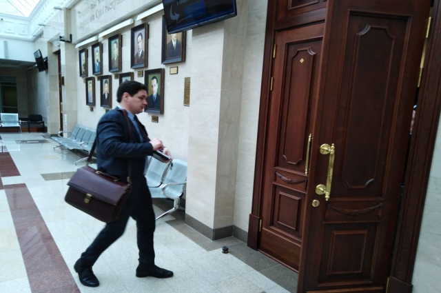 «В этом деле много вопросов, которые остались нераскрытыми, - считает адвокат подсудимого Марсель Бадрутдинов.