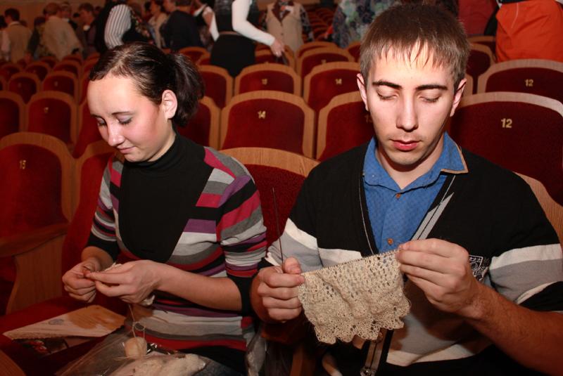 В Оренбургской области вяжут даже мужчины
