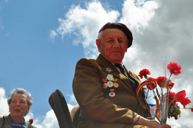 День Победы в Симферополе в 2015 году.