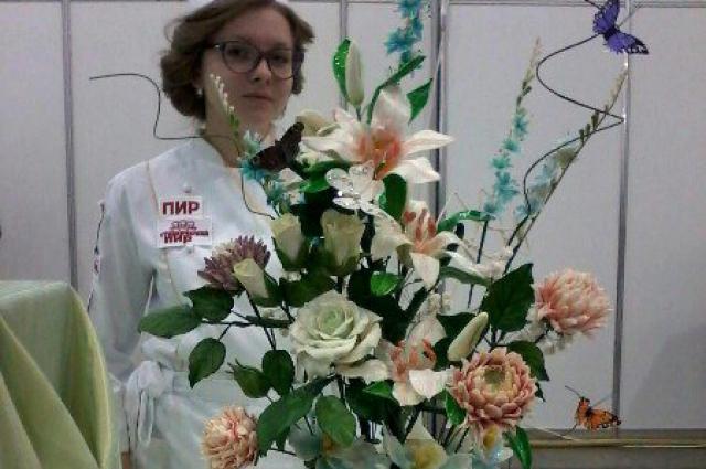Цветы из мастики сделаны по особой английской технологии