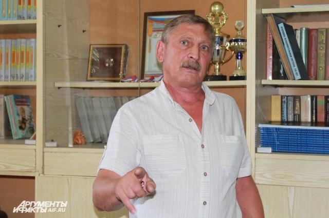 Алексей Васик помнит Чикатило, сейчас ветеран ГУФСИН работает в СИЗО библиотекарем.