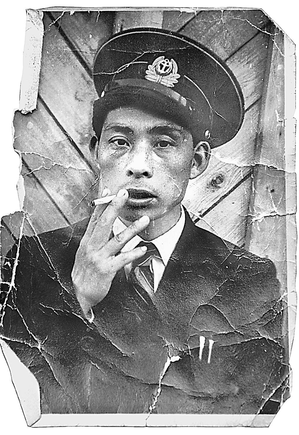Простой советский парень Пётр Танака - моторист парохода «Иван Кулибин».