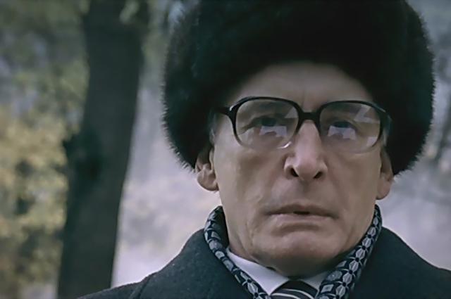 Василий Лановой в сериале «Брежнев», 2005.