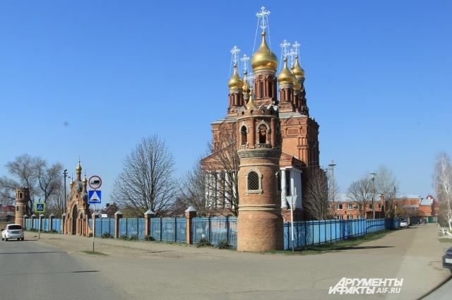Главная достопримечательность Кущевской - Храм апостола Иоанна Богослова.