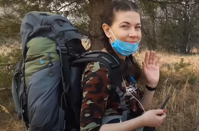 Вика – единственная девушка-сталкер зоны ЧАЭС.