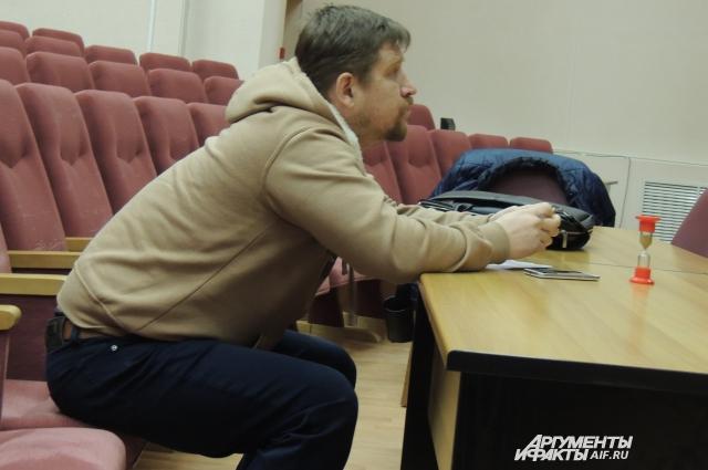 Профессиональный режиссёр театра Дмитрий Фоминых делает из бомжей артистов