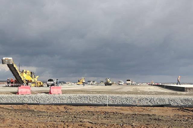 Строительство нового аэропорта.