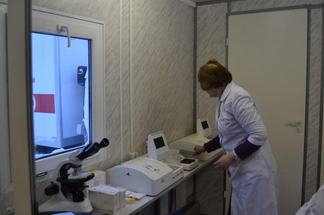 Экспресс-лаборатория на борту передвижной поликлиники