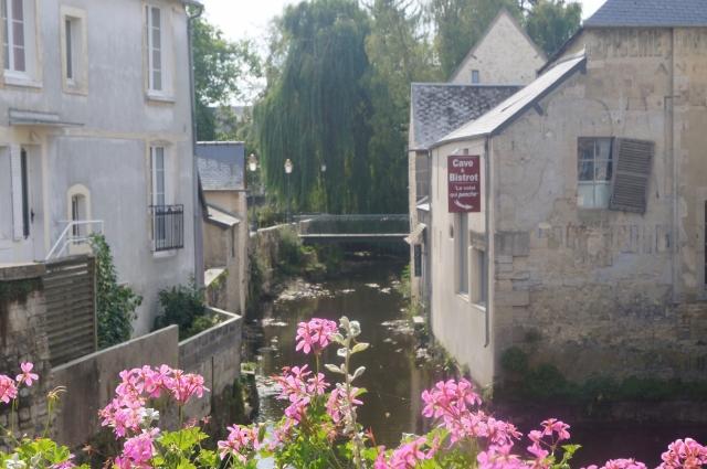Многие города Нормандии исключительно живописны - как, например, Байё.