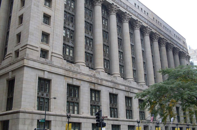Городской совет Чикаго находится в здании мэрии города.