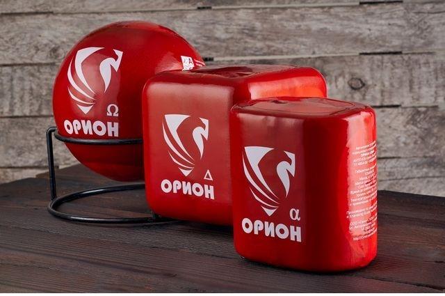 Огнепроводные шнуры при контакте с огнем воспламеняются и инициируют взрыв пиротехнического заряда малой мощности.
