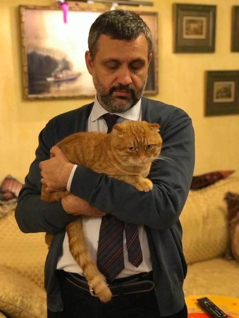 Рыжий с ангельским голоском. Инстаграм-кот пресс-секретаря патриарха
