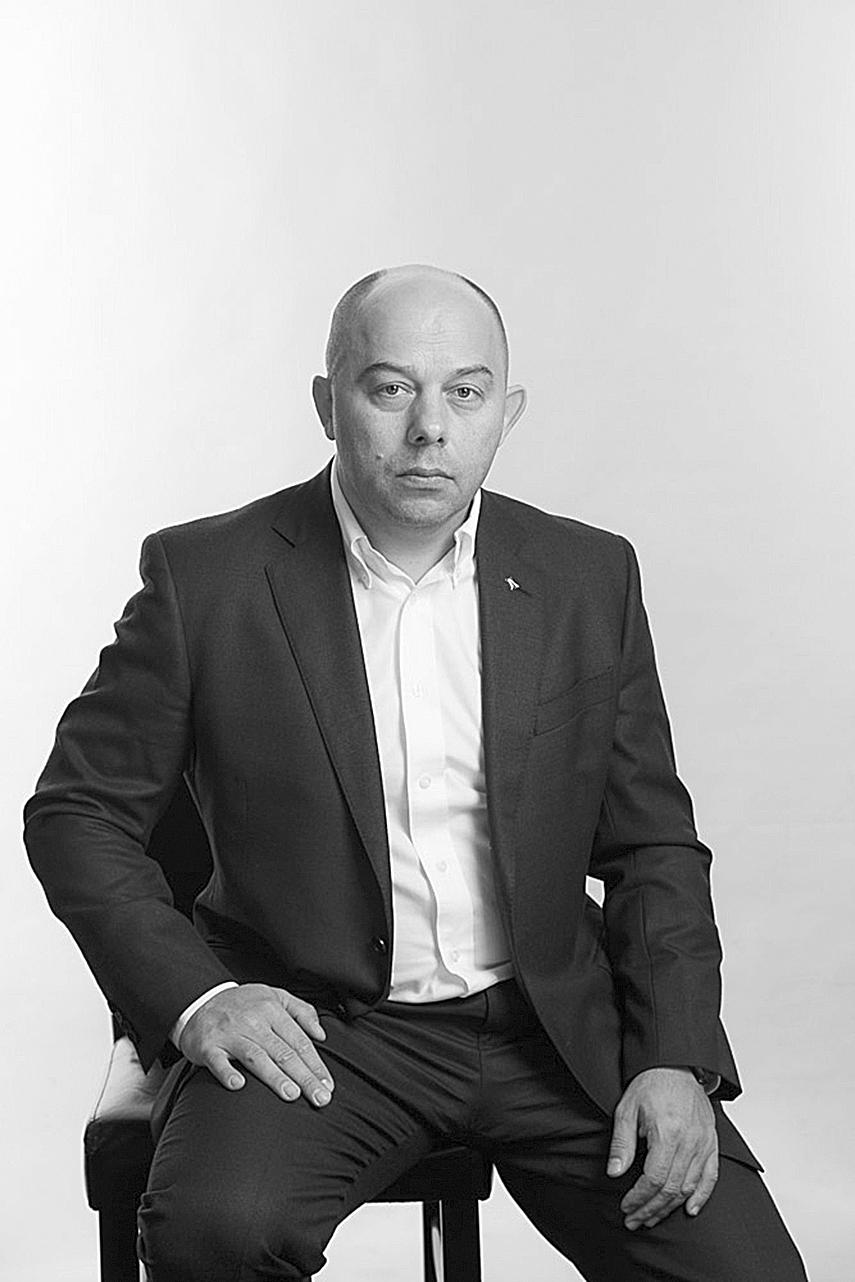 Константин Богданенко.
