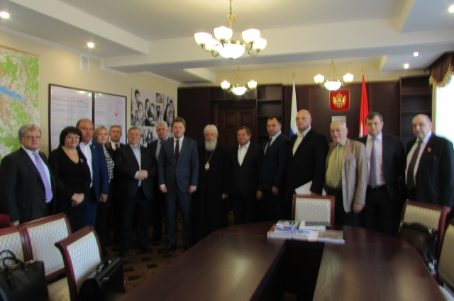Делегация Изборского клуба и его Севастопольского отделения в гостях у врио губернатора города-героя Дмитрия Овсянникова.