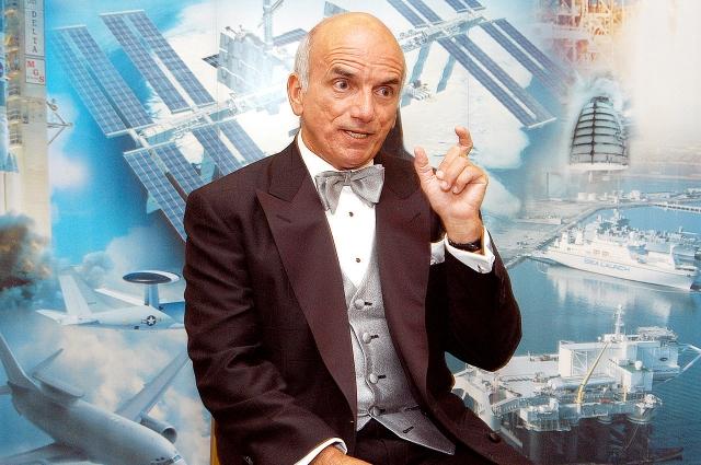 Деннис Тито заплатил за полет в космос 120 млн. долларов и ни разу не пожалел о потраченных деньгах.
