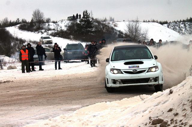 3-    Начинающий экипаж Алексея Победоносцева и Николая Пенькова.