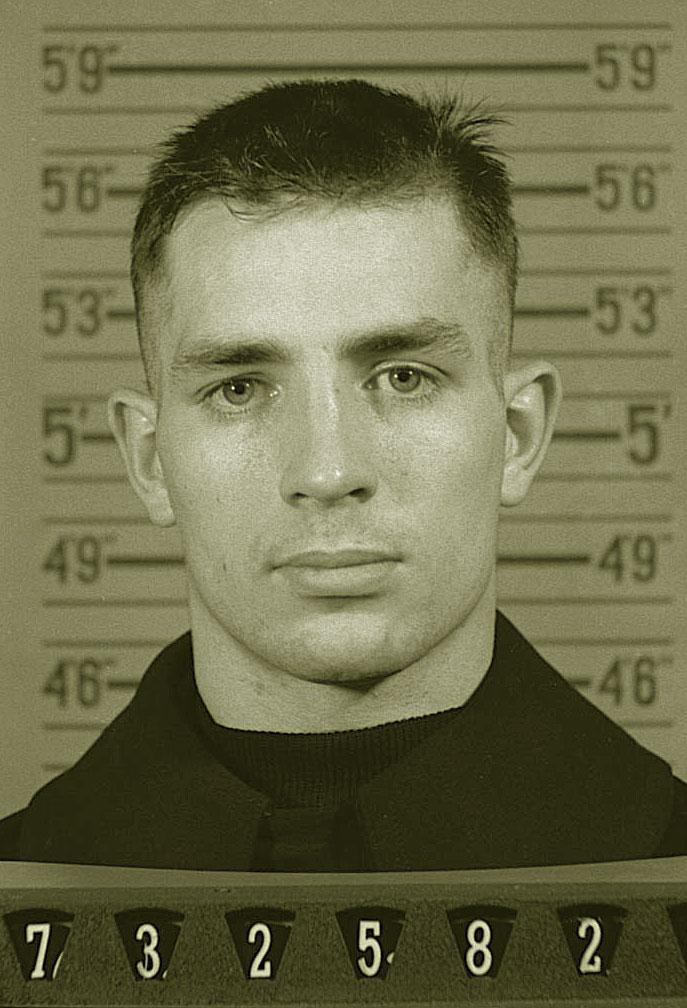Джек Керуак в военном комиссариате. 1943 год