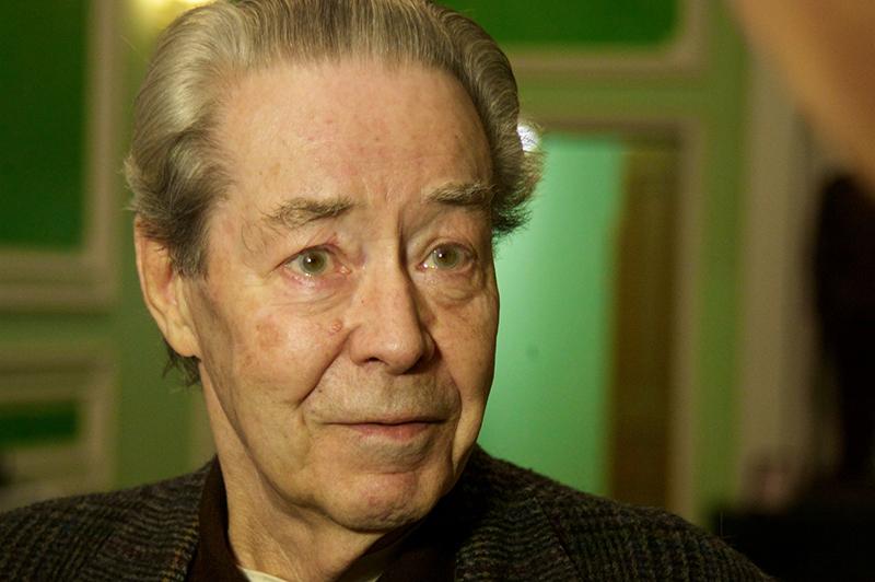 Переводчик Виктор Суходрев, 2012 год