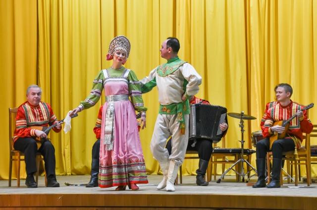 Концертное выступление ансамбля «Балалайка»