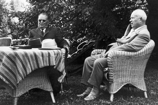 Иосип Броз Тито и Никита Хрущев. 1960 г.