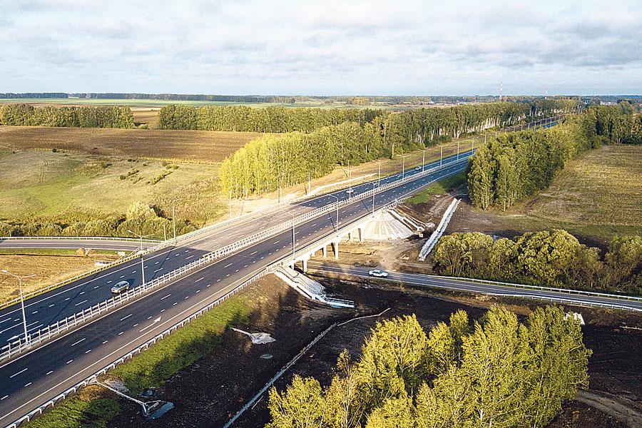 С высоты птичьего полёта. Тамбов и Мичуринск теперь соединяют 57 километров новой современной дороги.