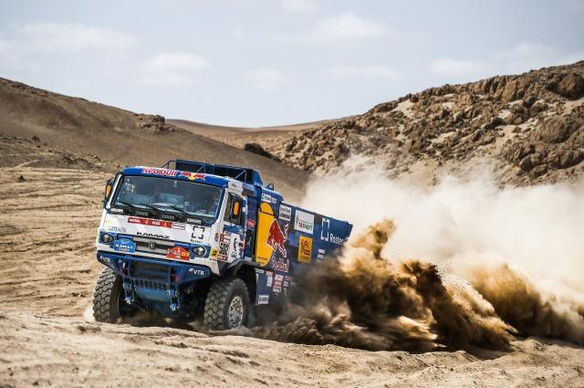 Российские грузовики обновили не только мотор, но и дизайн.