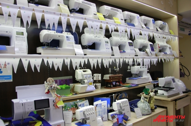 Швейная машина подбирается индивидуально под каждого клиента в зависимости от его предпочтений и запросов.