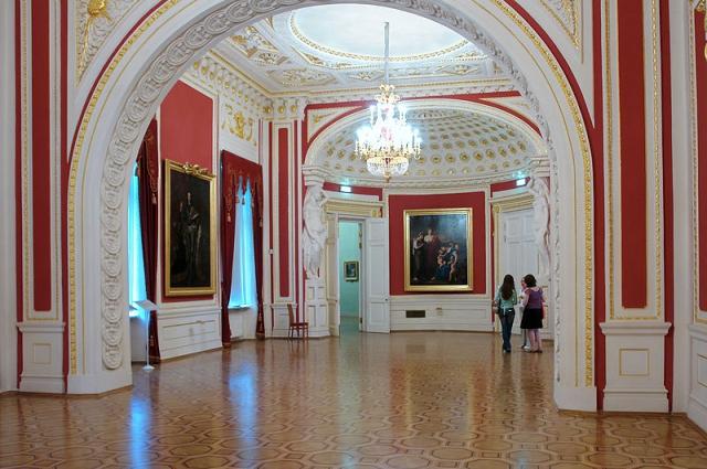 Тронный зал Михайловского замка.