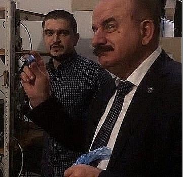 Председатель жюри конкурса «Донская сборка.2017» ректор ДНТУ Бесарион Месхе  высоко оценил изобретение Михаила Синакина.