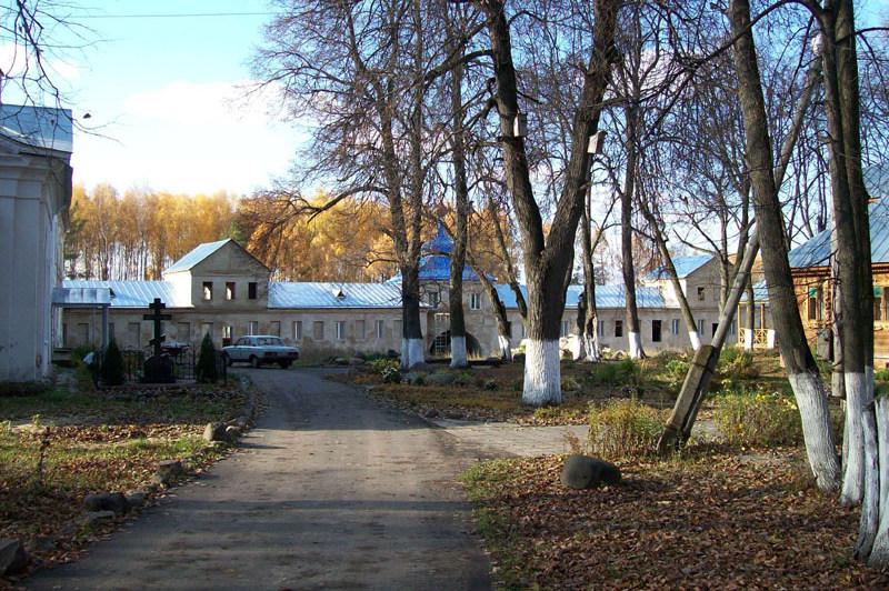 Митрополит Симон похоронен в Николо-Бабаевском монастыре в Ярославской области.
