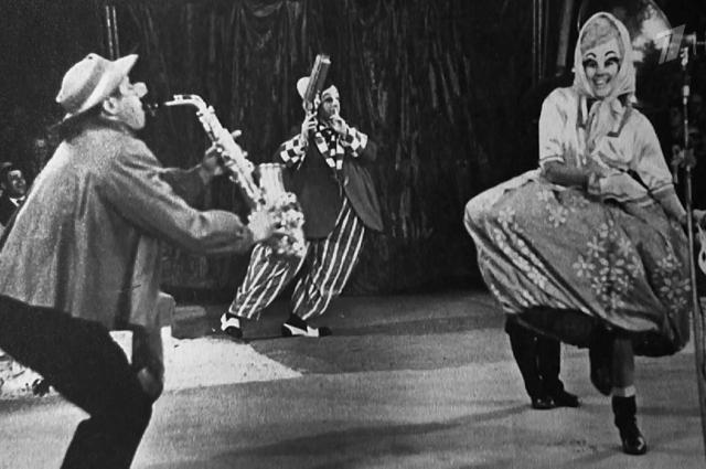 За номера музыкальной эксцентрики супругам Ростовцевым присудили звание лауреатов эстрады.