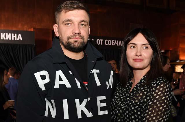 Рэпер Василий Вакуленко (Баста/Ноггано) и его супруга Елена Пинская.