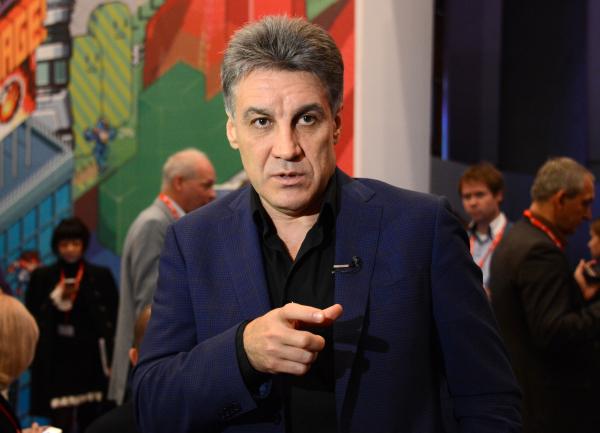 Телеведущий Алексей Пиманов