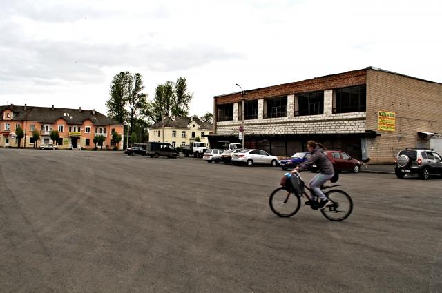 Центральная площадь города Дно.