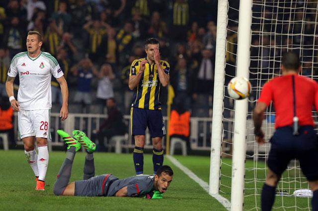 Вратарь «Локомотива» Гильерме спас свою команду от крупного поражения в Стамбуле.