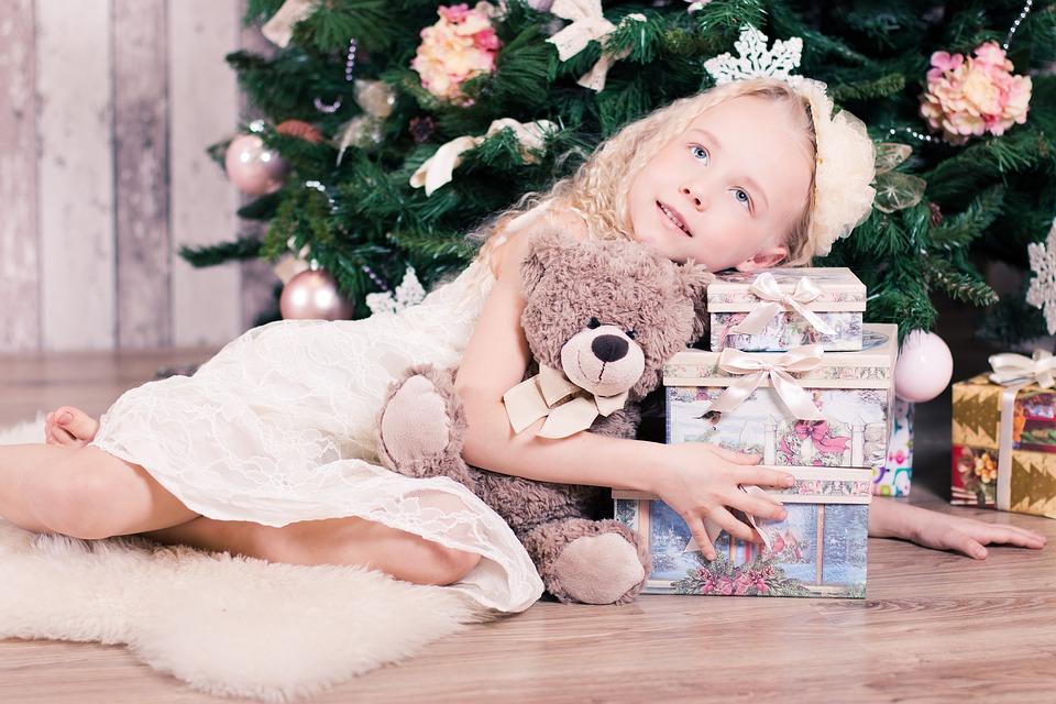 Каждая девочка хочет почувствовать себя принцессой.