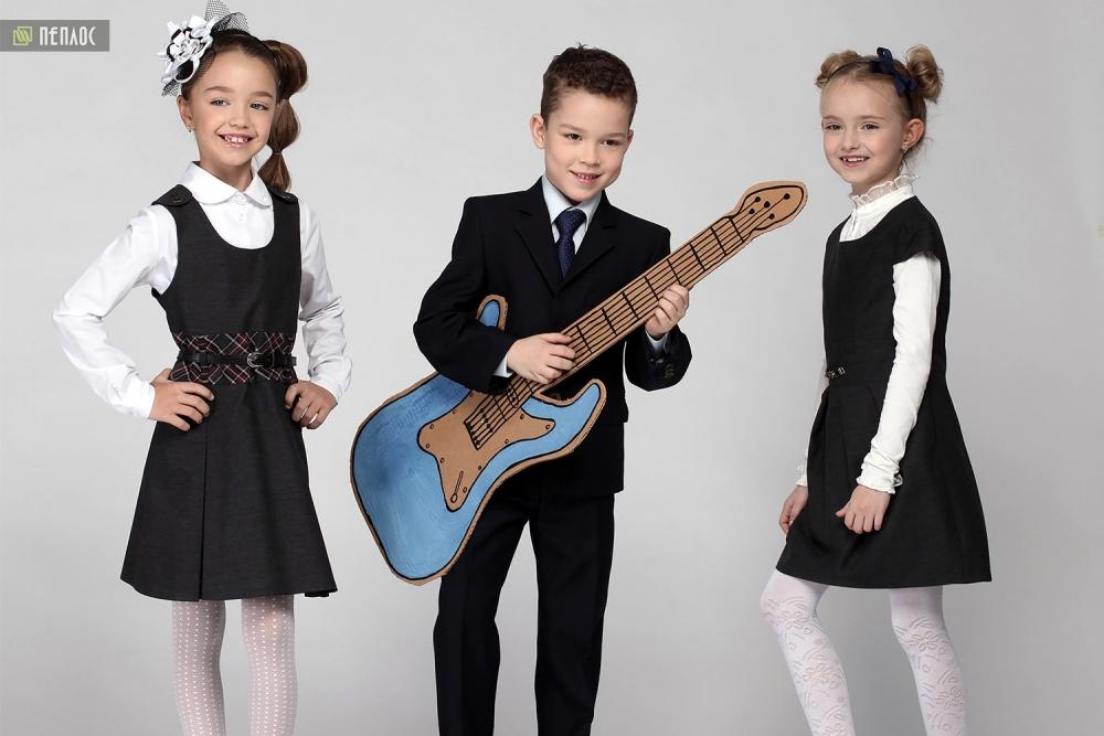Одежда для мальчиков и девочек «Пеплос» рассчитана на учащихся разных возрастов: от первоклашек до старшеклассников.